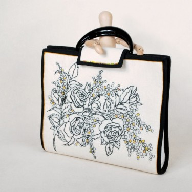 Tuto Embroidered Handbag